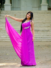 Вечерние, свадебные,  коктейльные платья от отечественного производителя