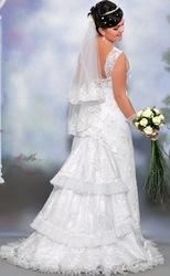 елегантна весільна сукня